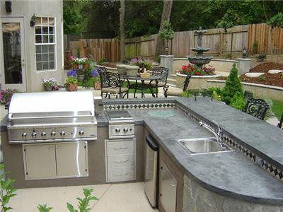 Granite countertops for outdoor kitchens