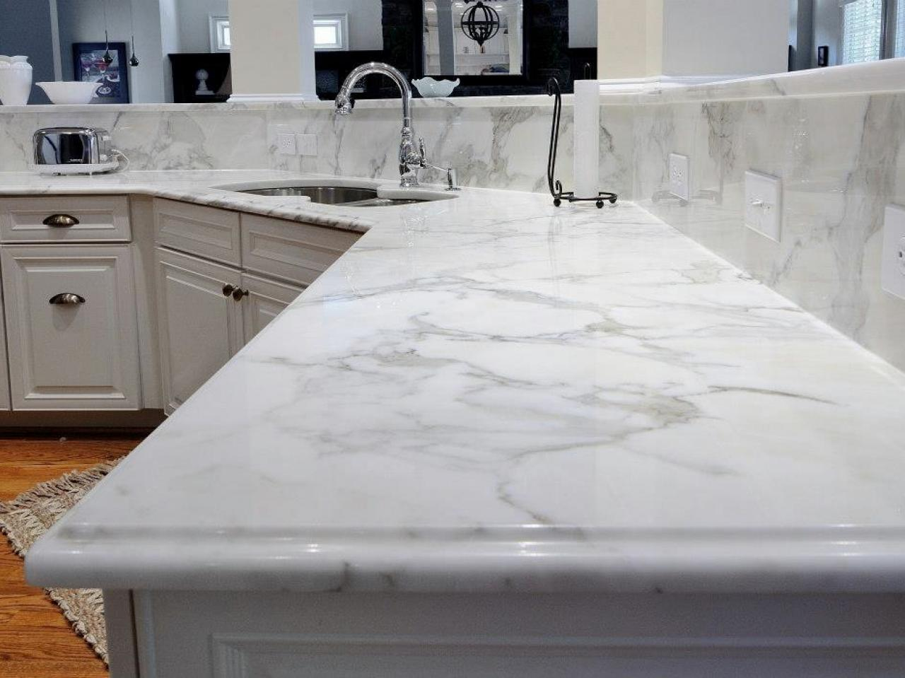 Quartz Countertops Continue Their Huge Popularity For Kitchens